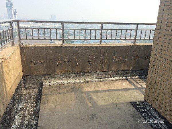 四季风景霸气跃层,纯毛坯装修易设计,带两个超大露台,地铁房.