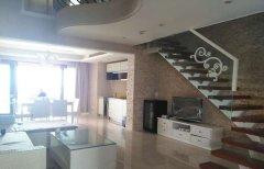 半山半岛四期 2室2厅140平米 豪华装修、7600/月