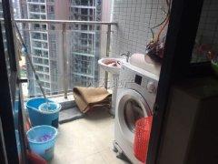 京基城两居室出租、家私电器全齐、3000元拎包入住!