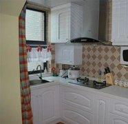 房子一房一厅透光通风性好,还有厨房