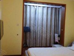 出租精装小复式房:  华都公寓,新亚西!