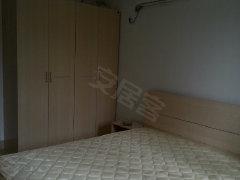 荣和山水绿精装3房干净温馨 拎包入住