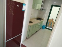海韵假日休闲公寓3000元/月,家具电器齐全非常干净
