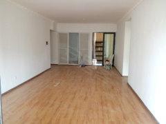 滨江俊园1期 适合办公的4居室2卫 端头房 有钥匙3600元