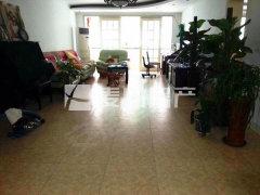 在线房源 经典三居室 户型方正 随时起租 低楼层.