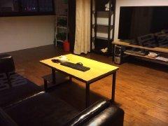 和合源小区1室1厅1卫,押一付一,精装修。