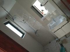 龙湾碧桂园3室1厅1卫中装修89平诚心出租、看房有钥匙