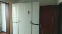康城逸树精装一室,抢手热租,采光一流,黄金楼层,请速来电看房