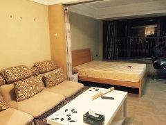 个人房子,布局合理,家电齐全,采光通风都非常棒,房间布置温