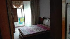 航海路碧云路冯庄小区,两室家具齐全拎包入住,年付有优惠。