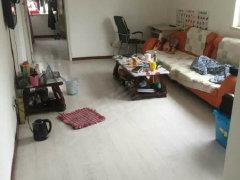 江南甲第二期一室一厅,中等装修,包物业取暖,