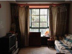 自家房屋,租客准备搬走,现在房间里含生活家私,有床、衣柜