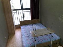 青阳路中央美域花园 3室2厅 中等装修 次卧