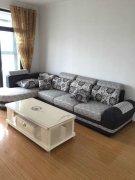 香江华廷2室2厅全新家电,全新装修,首次出租,拎包入住
