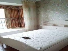 精装卧室,拎包入住,免物业管理费