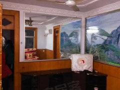 大型北院3楼2室简装干净 拎包入住 650元/月