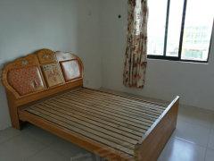 泰兴皇家水岸 社区 3室2厅2卫,电梯房出租,拎包入住。