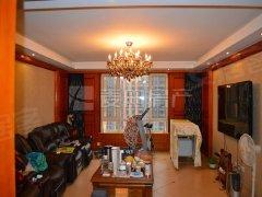 《麦田在线》太阳星城火星园4室出租了,家具齐全,双卧朝南。