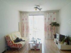 温馨一房一厅出行便利 超低的价格 美好的享受 业主直租