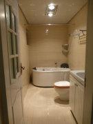 豪华装修温馨3室只需6500元 随时可看房