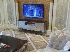 万达公馆4室2厅200平家电齐全万达价格低房8500