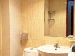 精装修、保持好、室内干净整洁、为您提供温馨舒适的生活空间、