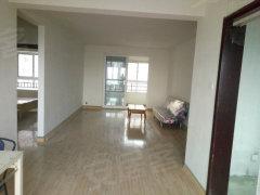 美的小三室 学区房 3+2+1 全新家具 宽敞客厅 租房首选