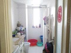 上坡佳园 精装三居室 唯一在租南北通透三居  抢租