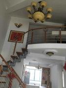 居住精装修 复式楼  百看百中  房子很温馨 出门就是菜市场