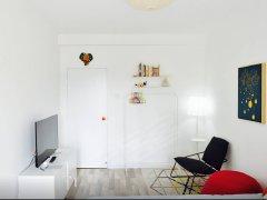 锦绣园1室1厅1卫,押一付一,精装修。