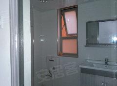 怡海星城精装大三房子家电家具齐全首次出租