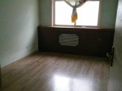 房子干净、整洁,带空调,空房,环境优美