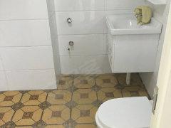 罗马皇宫28楼,60平,1400一个月,精装修,家具家电齐全