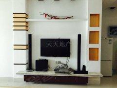 !龙泉湾 3300元 3室2厅2卫 豪华装修,享受生活的