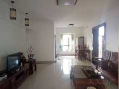翠堤湾 3300元 3室2厅2卫 精装修,楼层佳,看房方便