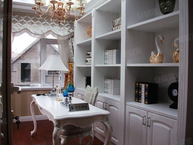 领略180平低密度经济型别墅 银盛泰德郡之魅力